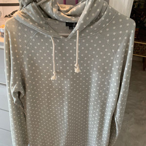Sweaters - Super soft pull over hoodie (gray/white) XL